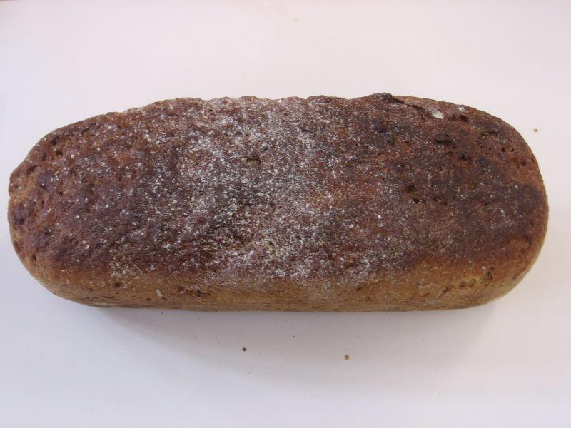Chleb razowy 900g